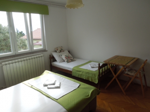 Dvokrevetna soba sa pomoćnim ležajem - Julia 3