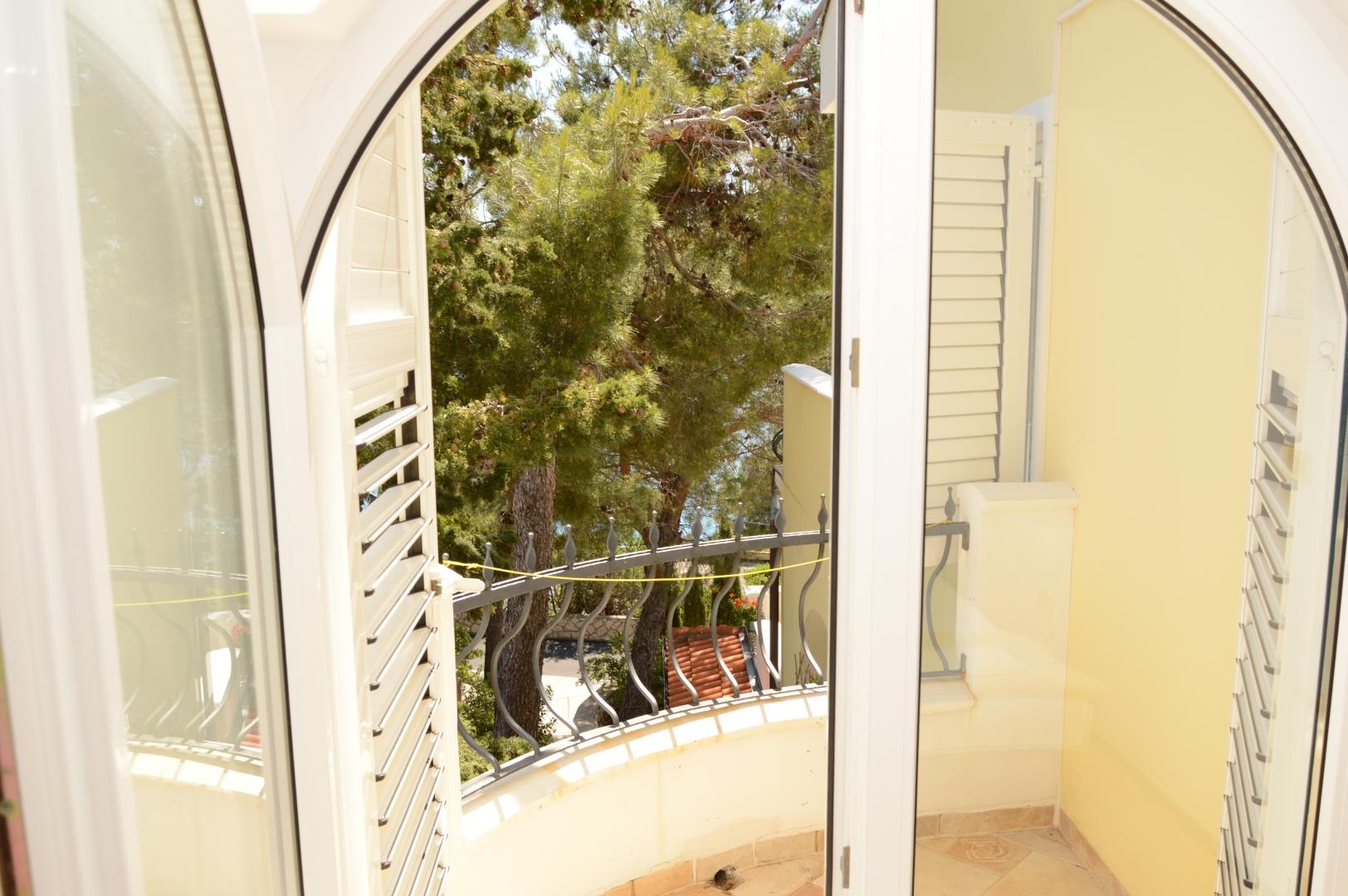 Ausgang zum kleinen Balkon