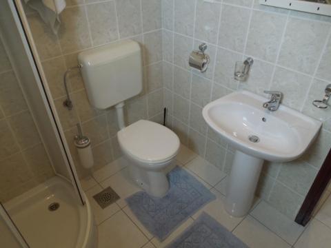 Badezimmer mit Dusche - Julia 1